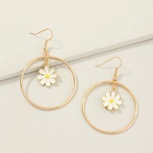 3/$30 💛 Butterfly Hoop Earrings